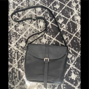 Roots 73 black leather purse